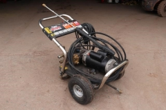 Used Equipment Sales PRESSURE WASHER, COLD, ELEC, 1100 PSI in Marquette MI